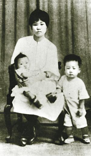 建国后毛岸英在北京机器总厂任党支部副书记.朝鲜战争爆...